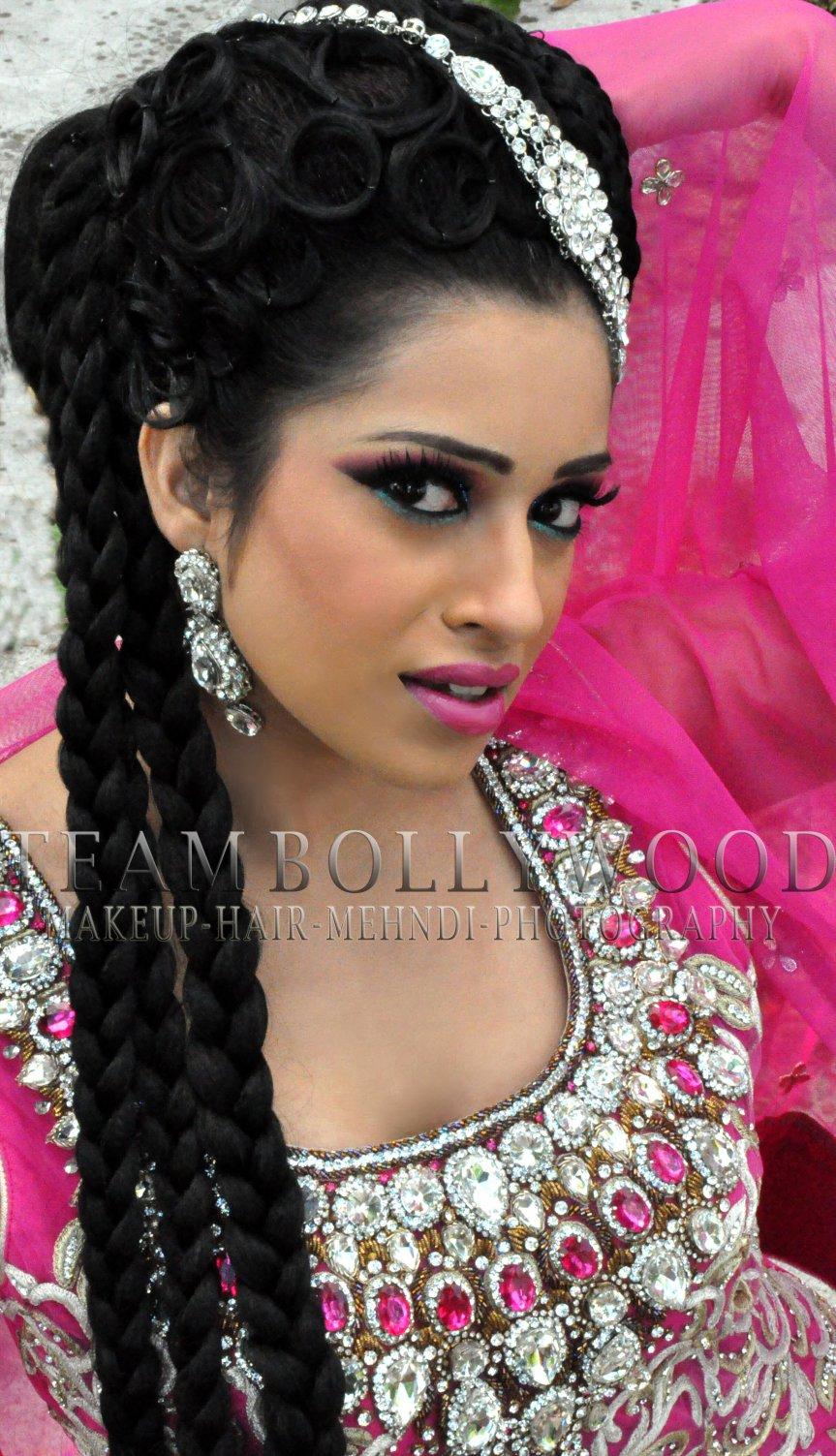 Fotoshoot Sadhana Lila met Bollywood MUA, Dress4Impress & Syed's Studio tijdens 'Eid Festival' op Afrikaanderplein, Rotterdam