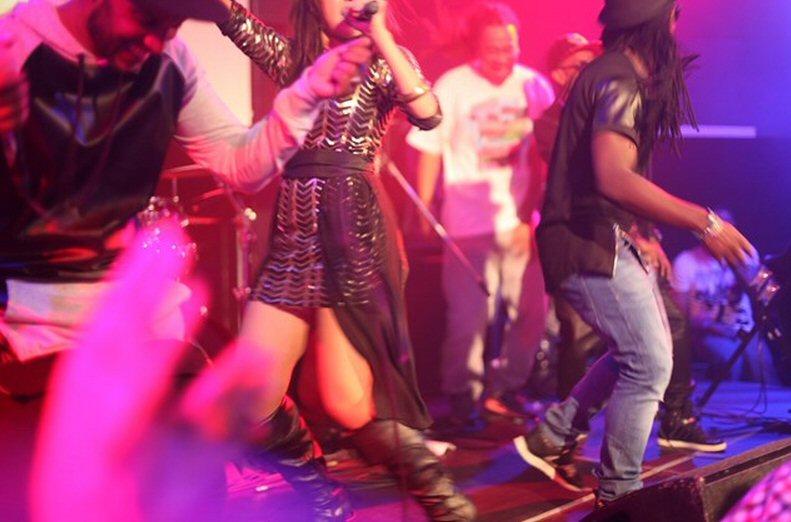 SNAPSHOTS: Sadhana Lila '2FAMOUSCRW live in club Eclipse, 5th Anniversary2F'